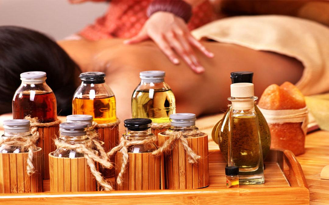 Η αρωματοθεραπεία είναι μία θεραπευτική μέθοδος που χρησιμοποιεί αιθέρια έλαια με σκοπό να προσφέρει ευεξία και χαλάρωση ενώ βοηθάει και στην ανακούφιση από κάποιες παθήσεις