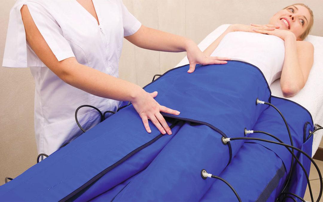 Η πρεσσοθεραπεία αποτελεί μία μέθοδο λεμφικής αποσυμφόρησης με τη βοήθεια ενός μηχανήματος διοχέτευσης αέρα σε ειδική στολή.